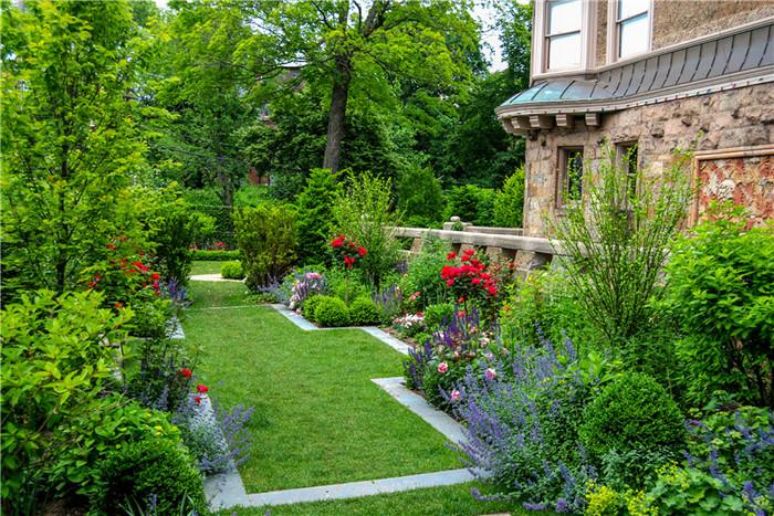 如何选择私家花园植物